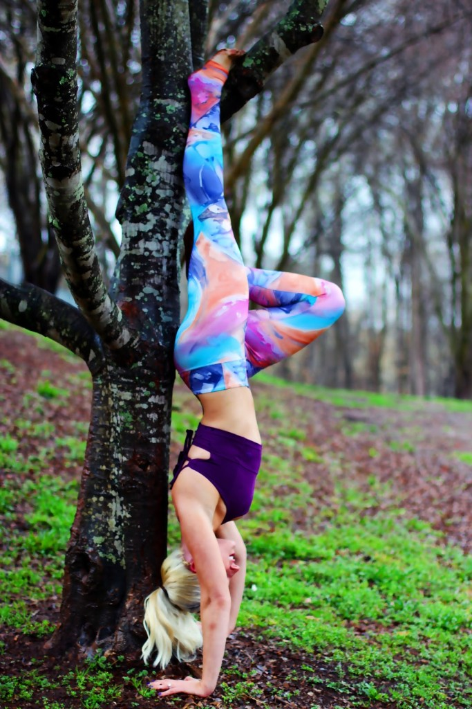 Mika Yoga Wear Review and Giveaway
