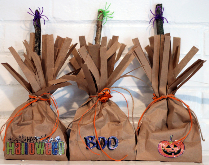 Diy Halloween Trick Or Treat Bags.Simple Halloween Craft Diy Trick Or Treat Bags Happily Hughes