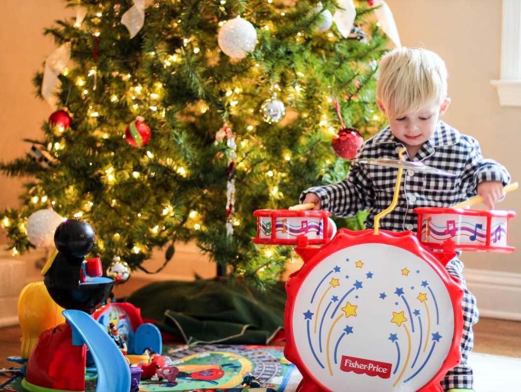 36 week bump update happily hughes christmas