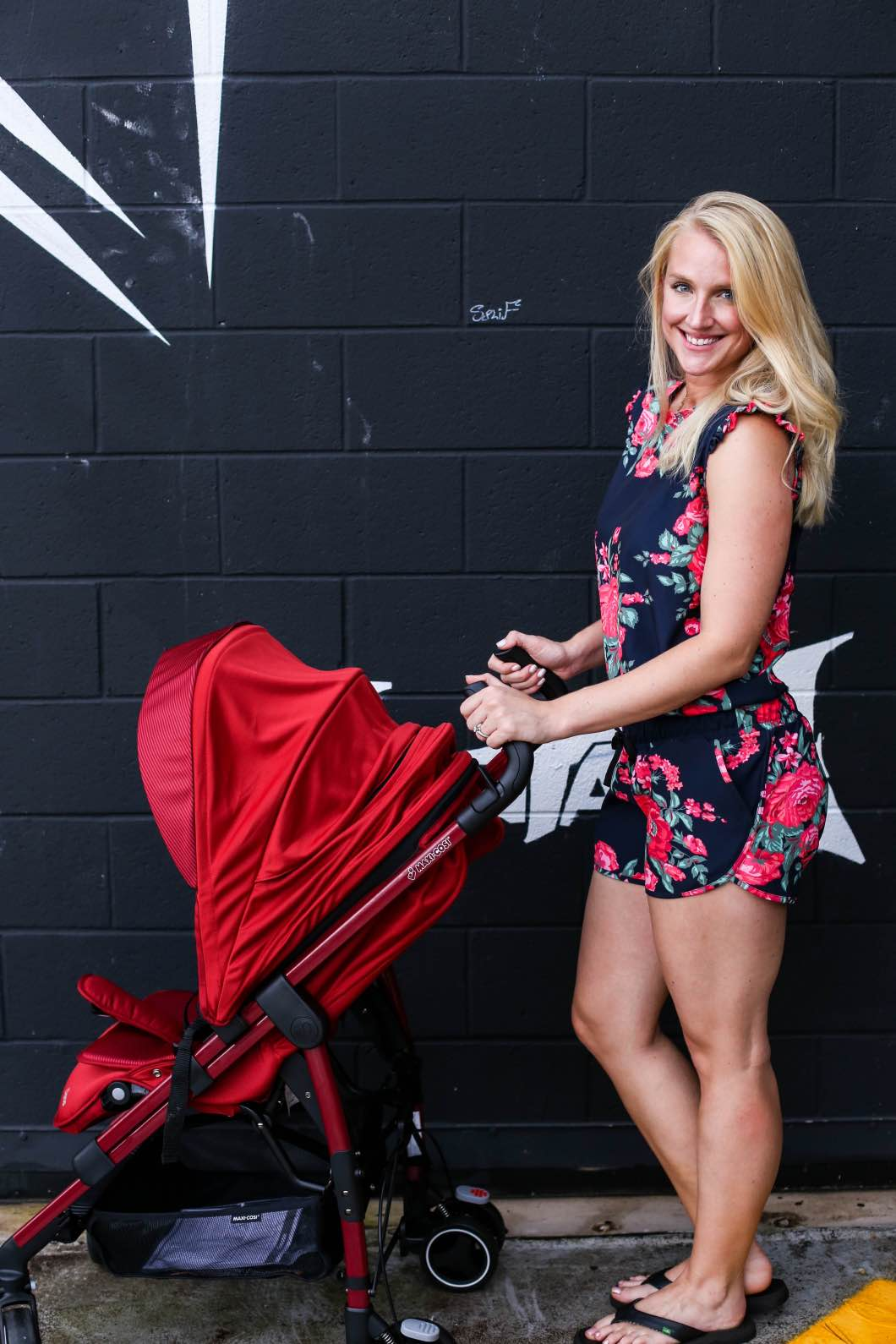 Maxi Cosi Dana Stroller Review by Atlanta blogger Jessica of Happily Hughes