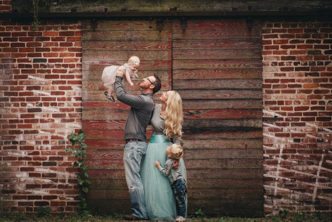 Fall Family Photos Mint Color Scheme Barn Door