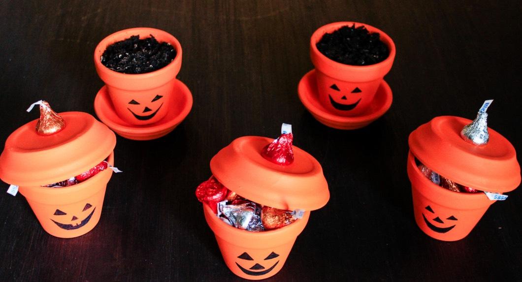 halloweenpaintedpots