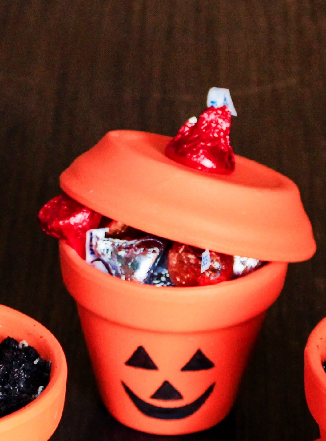 halloweenpaintedpots1