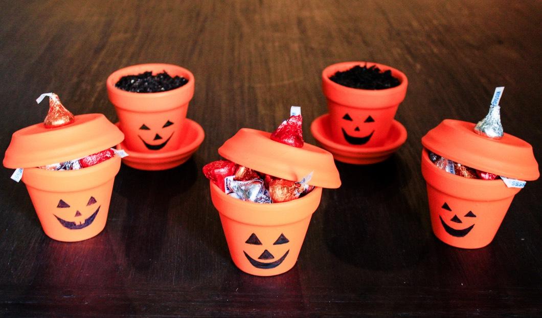 halloweenpaintedpots2