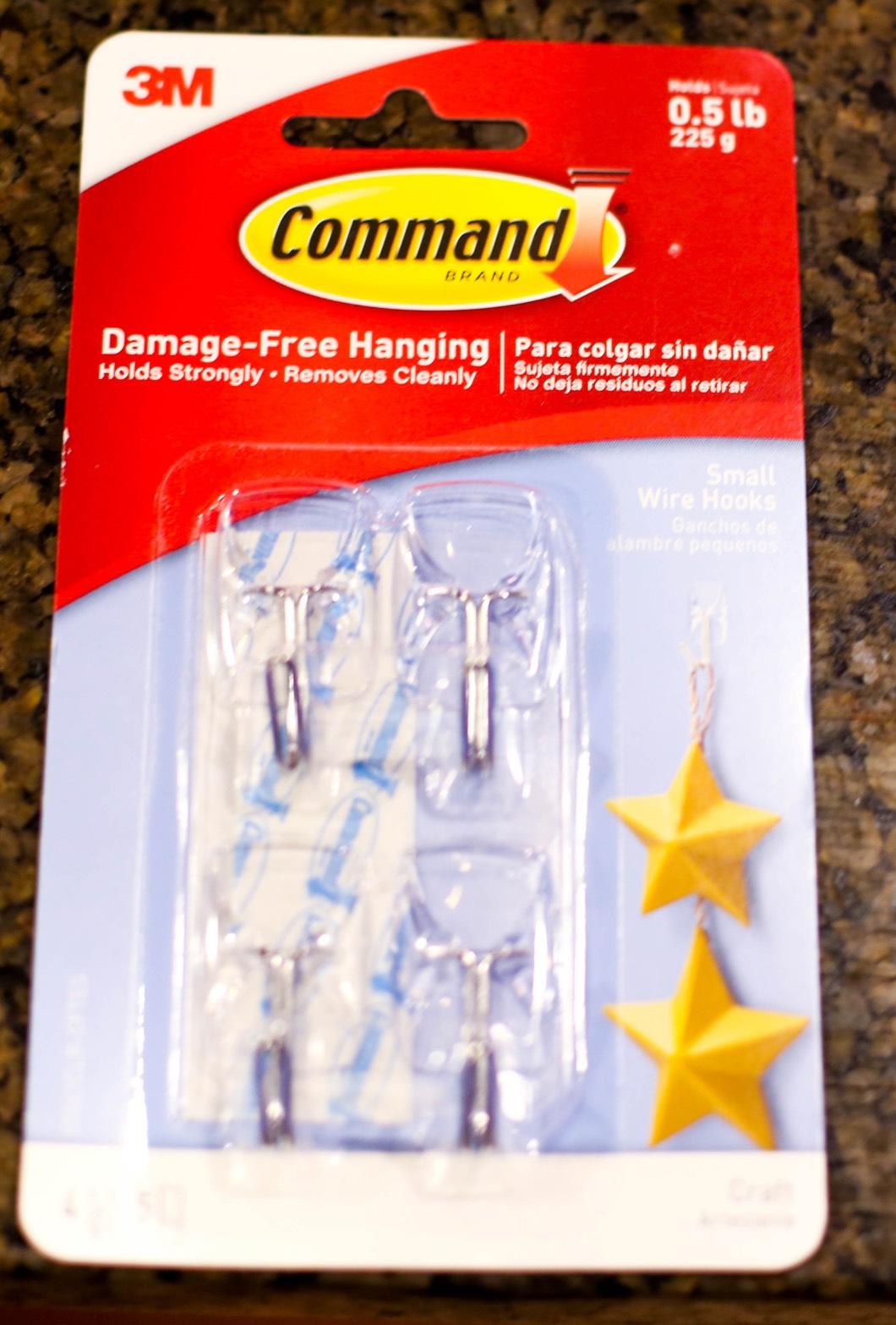 Command Hooks Christmas Decorating