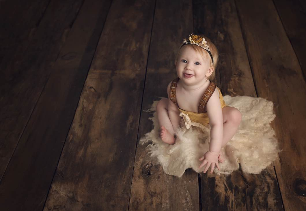 Prayers For Daughters As They Grow Up by lifestyle blogger Jessica of Happily Hughes