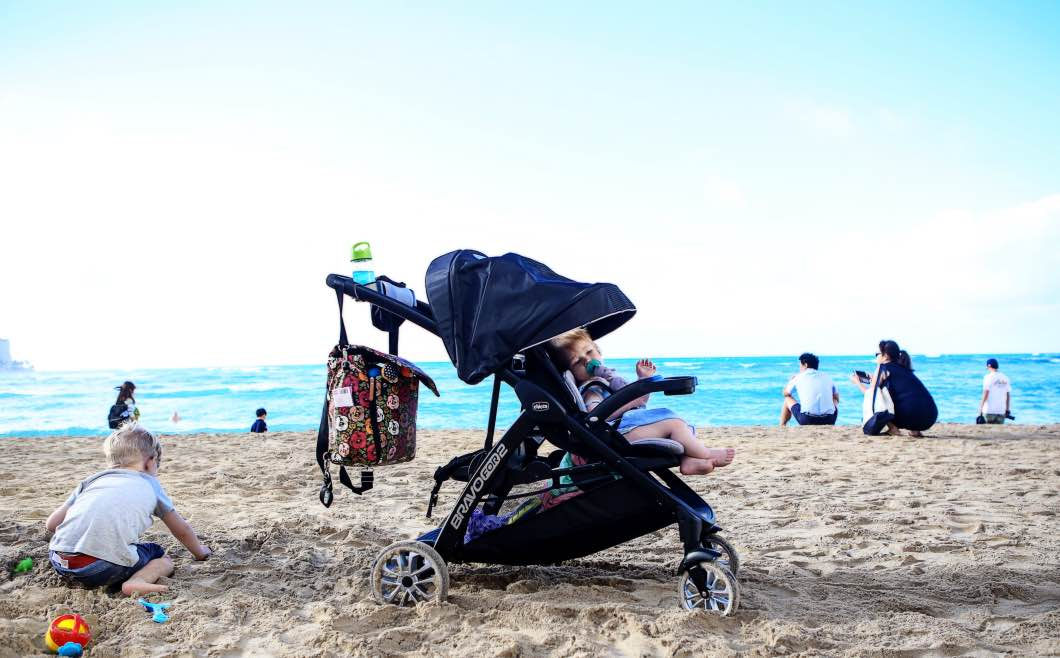 Best Double Stroller For Traveling With Chicco Bravo By Jessica From Hily Hughes