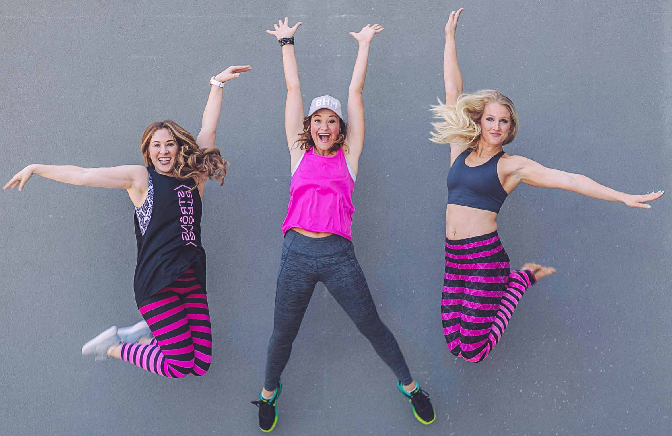 fitness bloggers high jump fun group picture