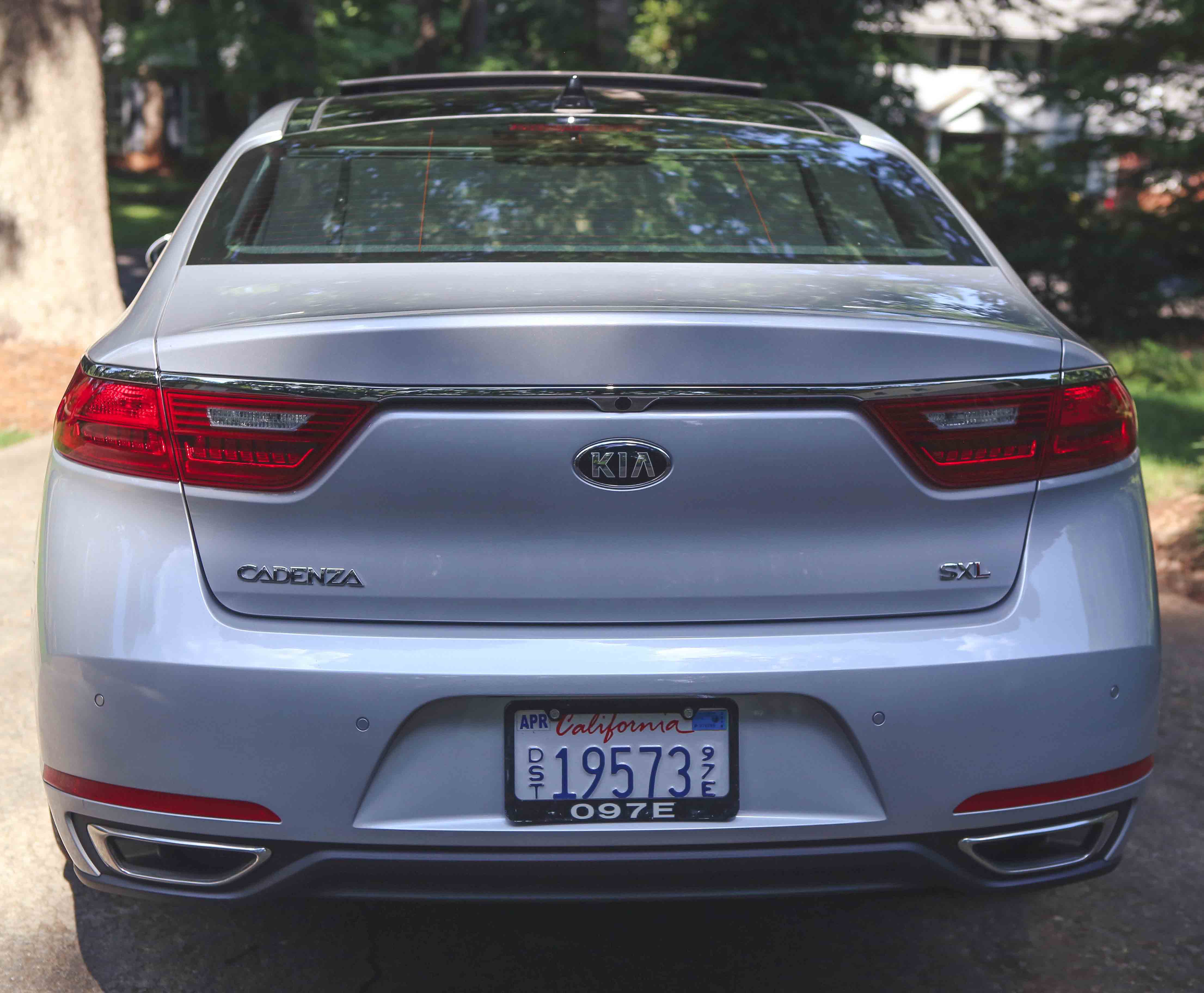 My Kia Cadenza Review by popular blogger Jessica of Happily Hughes