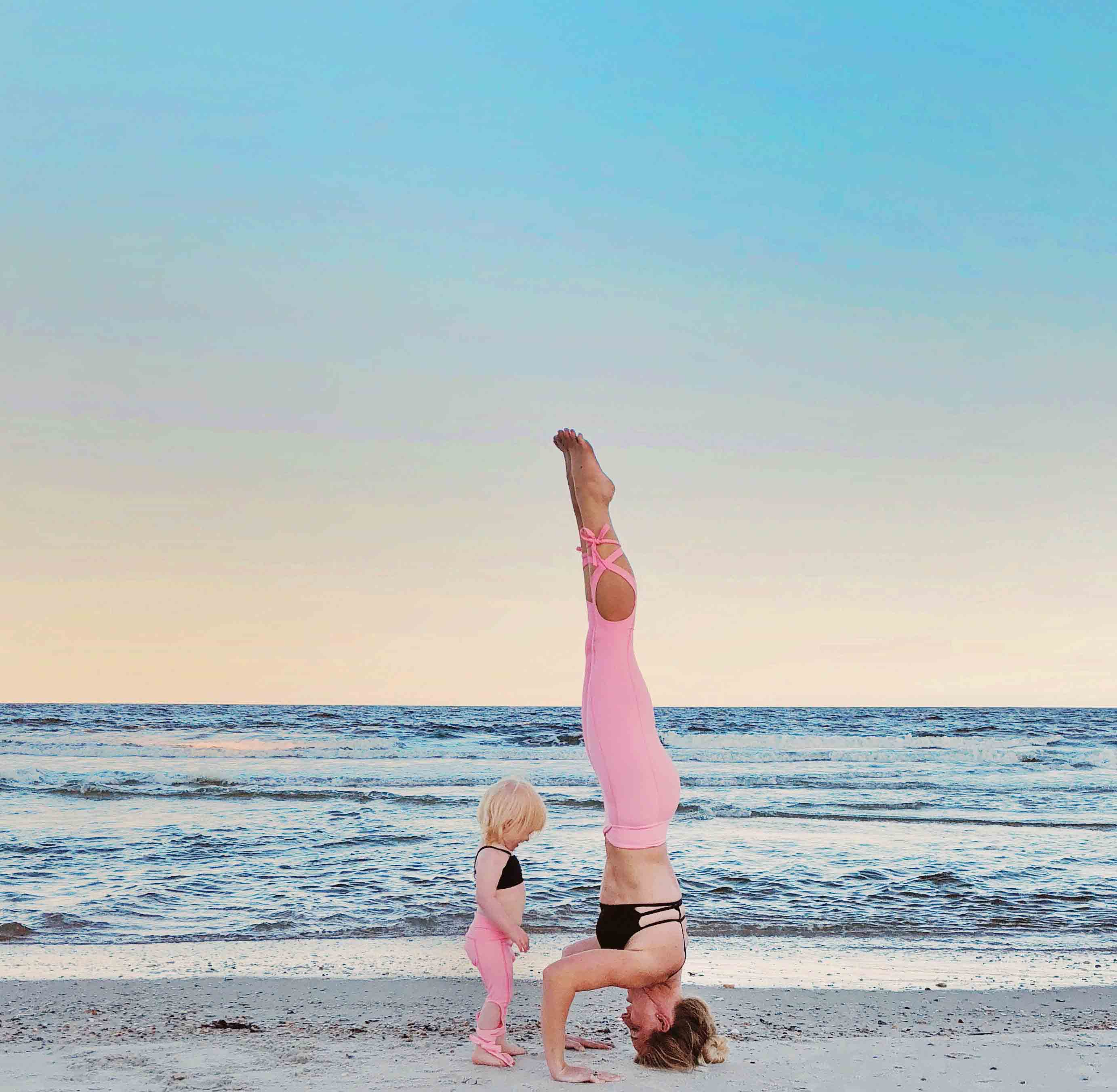 Amelia Island Wellness Fest and Other Holiday Fun by Atlanta fitness blogger Happily Hughes
