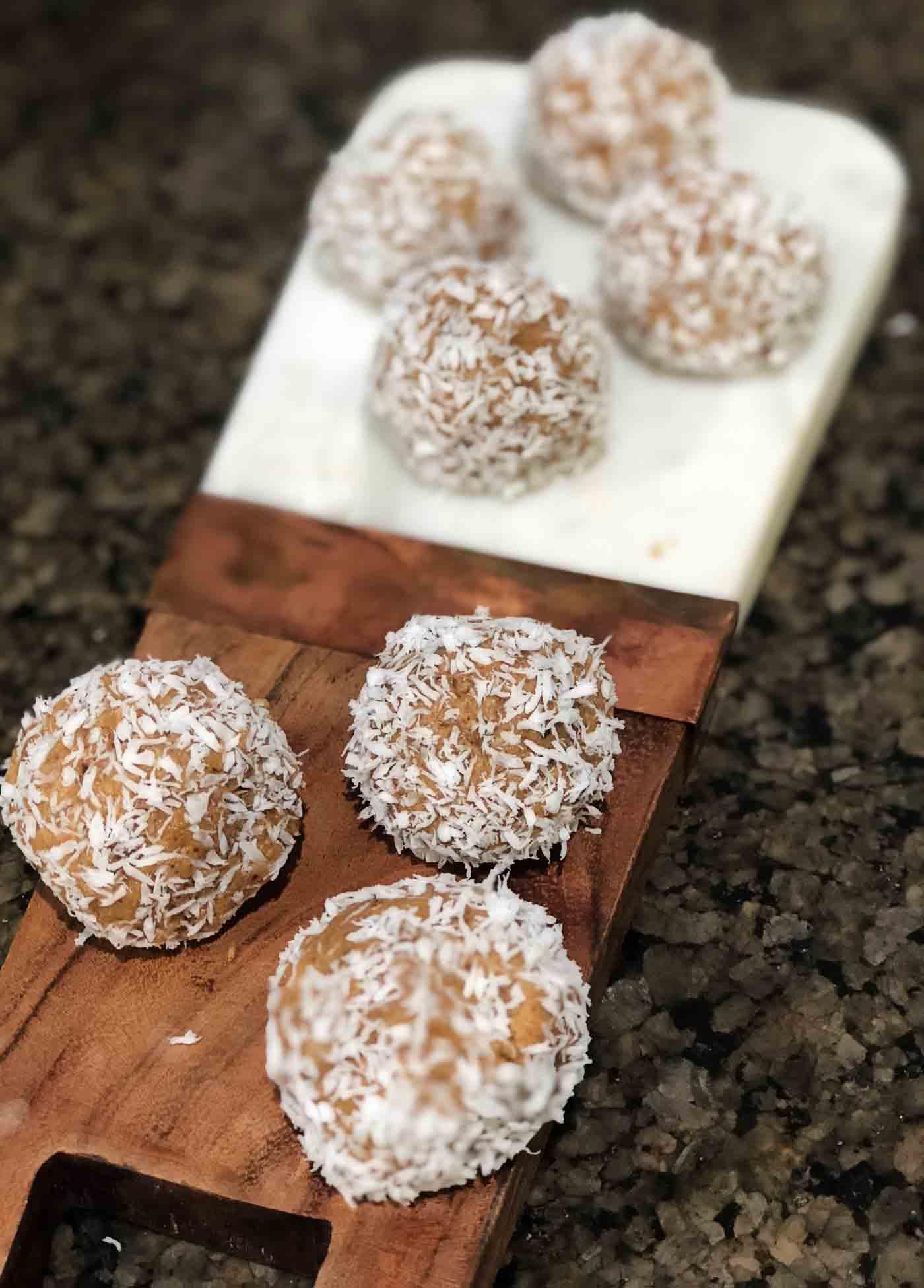 whole30 energy bites - Whole30 Snacks: Delicious Energy Bites by popular Atlanta fitness blogger Happily Hughes