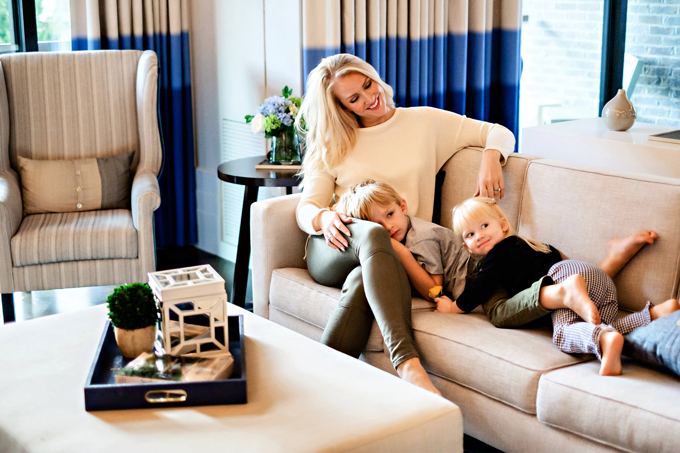 Curious how to get clean air at home? Atlanta Blogger Happily Hughes is sharing her top tips to getting clean air at home here!
