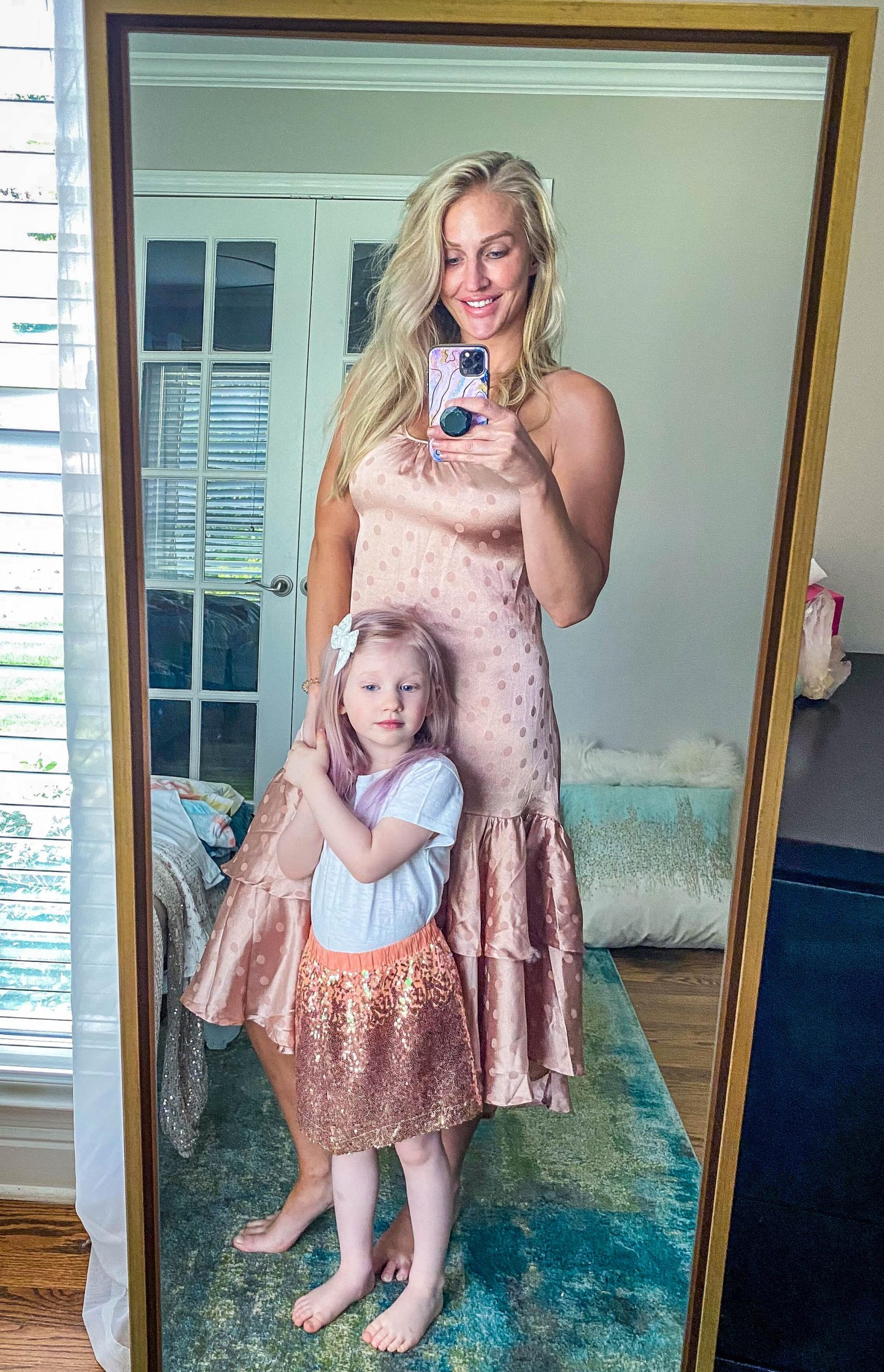 Need a few cute mommy and me matching outfits? Popular Atlanta Blogger Happily Hughes is sharing her favorite mommy and me mathing outfits from Red Dress! Click to see them HERE!