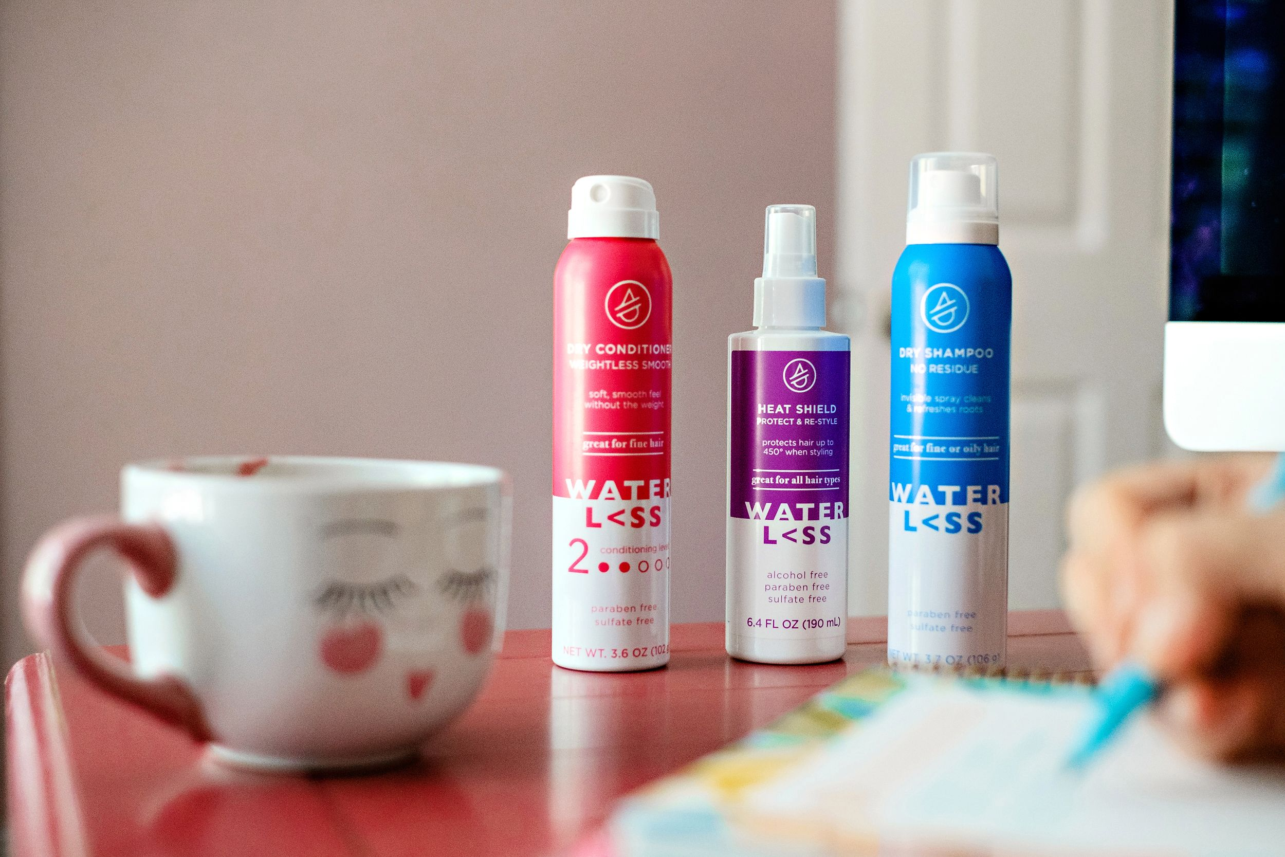 Curious how to get 5 days between washes? Popular Atlanta Blogger Happily Hughes is sharing her top tips to getting 5 day hair with waterl<ss HERE!