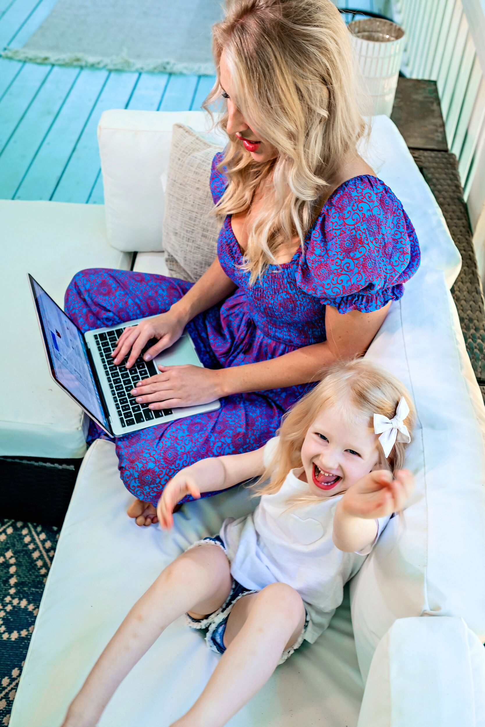 Curious how to protect your identity? Popular Atlanta Blogger Happily Hughes is sharing her top tips to protecting your online identity. See them HERE!